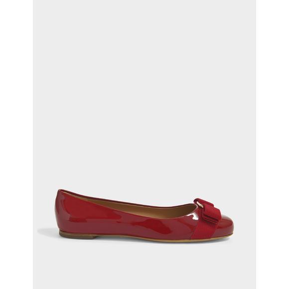 Varina Patent 红色平底鞋